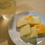 【定番の組み合わせ】チーズと甲州ワイン(白)で晩酌を楽しむ